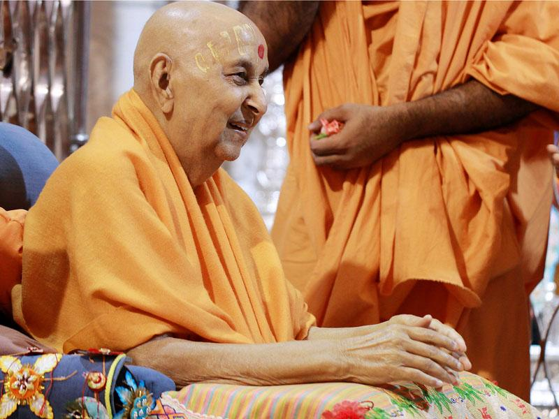 Swamishri in a happy mood