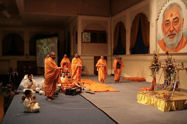 Sadhus performing the birth arti