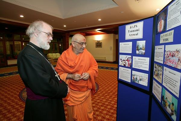 Atmaswarup Swami explains the work being carried out by BAPS to help the Tsunami victims