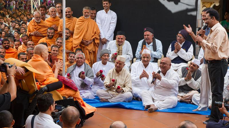 A skit presentation before Swamishri