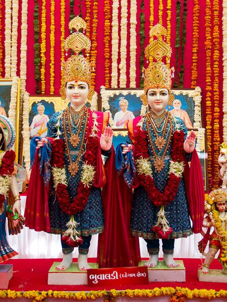 Murtis to be consecrated at BAPS Shri Swaminarayan Mandir at Bhuvaldi (Dahegam), India