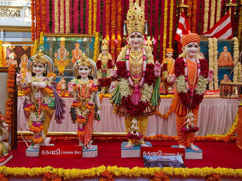 Murtis to be consecrated at BAPS Shri Swaminarayan Mandir at Kakvadi, India