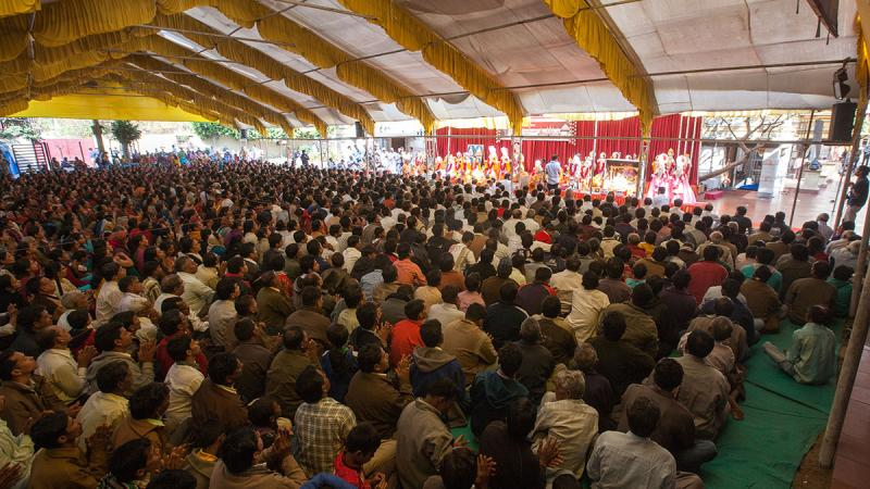 Devotees during the murti-pratishtha mahapuja