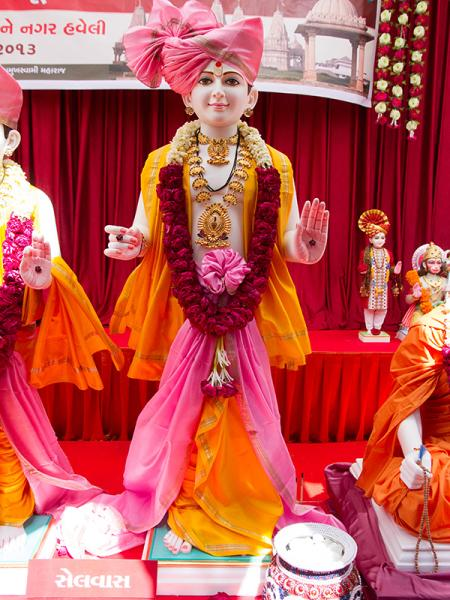 Shri Ghanshyam Maharaj's murti to be consecrated at BAPS Shri Swaminarayan Mandir at Selvas (Silvassa, Dadra Nagar Haveli), India