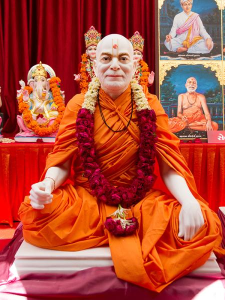 Shri Yogiji Maharaj's murti to be consecrated at BAPS Shri Swaminarayan Mandir at Selvas, India