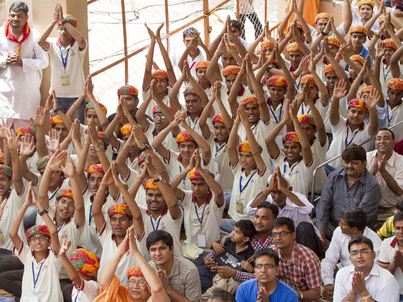 Youths from Rajasthan doing darshan of Swamishri