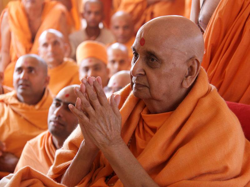 Aksharbrahman Gunatitanand Swami Diksha Bicentenary Celebration<br>Dabhan, India<br>31 December 2009 -
