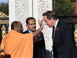PM Cameron at London Mandir