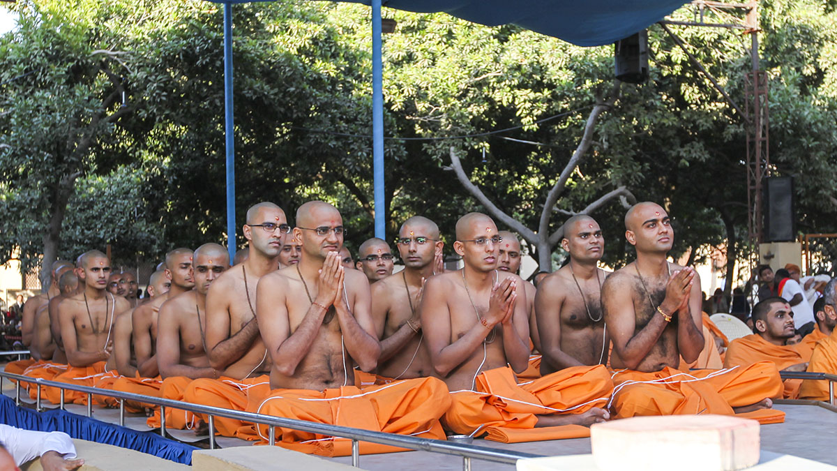 Parshads being initiated as sadhus during the diksha ceremony