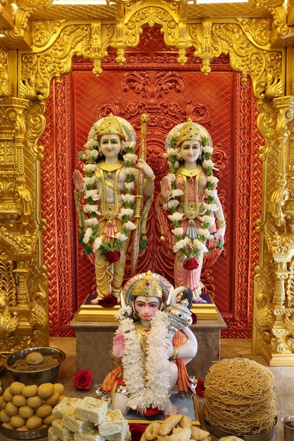 20th Patotsav and Murti Pratishtha Celebrations at BAPS Shri Swaminarayan Mandir, Manchester