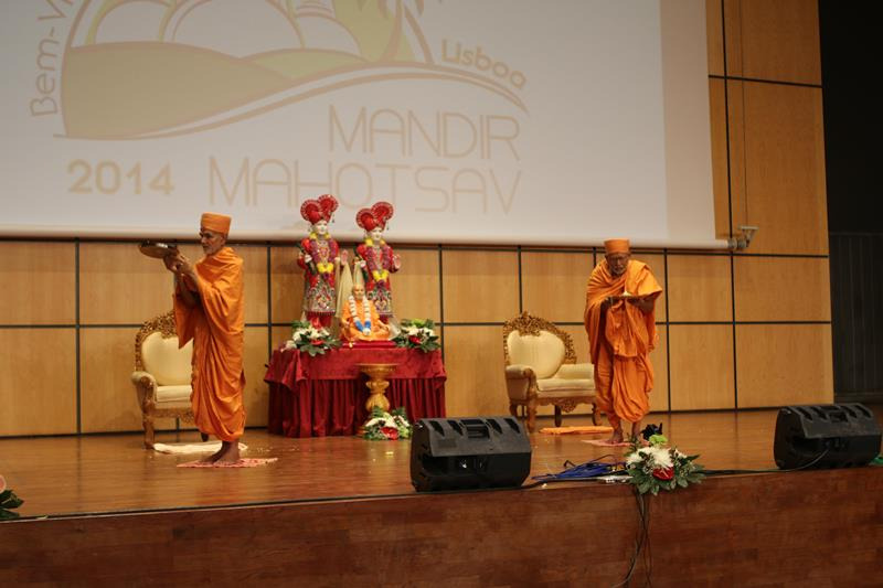 Dedication Assembly, Lisbon Mandir Mahotsav