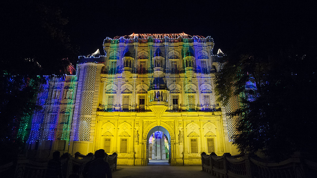 Majestic gate of BAPS Shri Swaminarayan Mandir, Sarangpur, lit up for Diwali