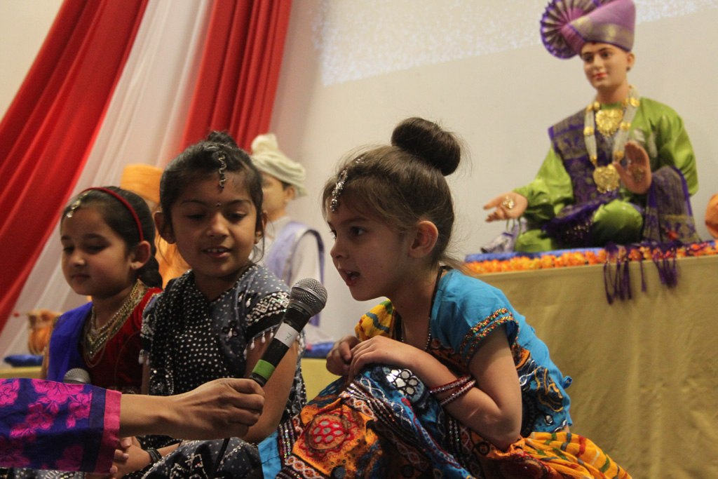Pramukh Swami Maharaj's 94th Birthday Celebrations, Manchester - Ashton (Mahila Mandal), UK