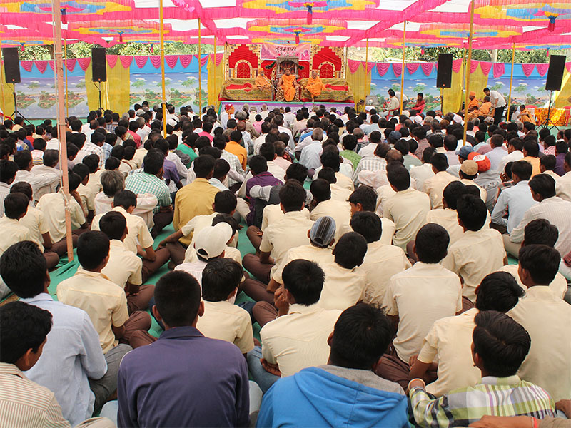 Murti-Pratishtha Mahotsav at the BAPS Shri Swaminarayan Mandir, Kamboi, District Dahod, Gujarat