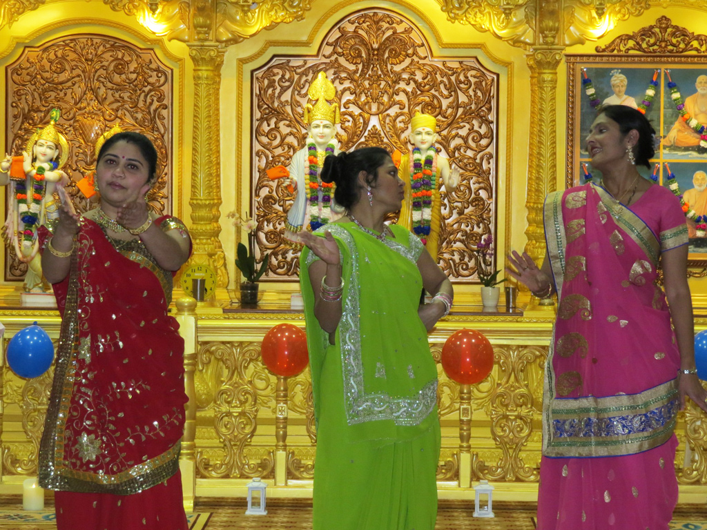 Shastriji Maharaj 150th Anniversary Celebrations, Mahila Mandal, Luton, UK