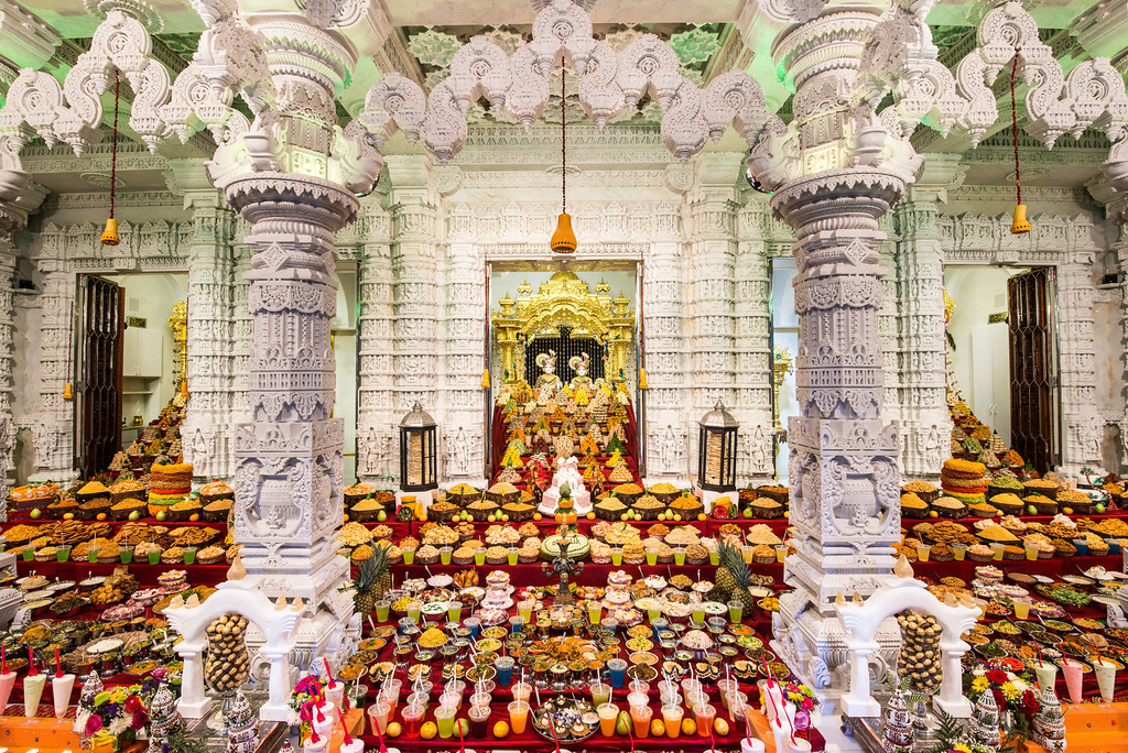 Grand Annakut Darshan