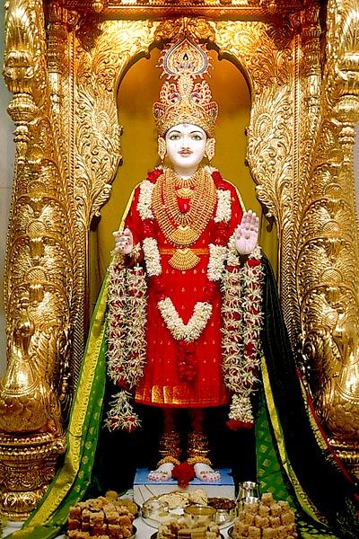 BAPS Shri Swaminarayan Mandir - Bharuch - Mandir Information