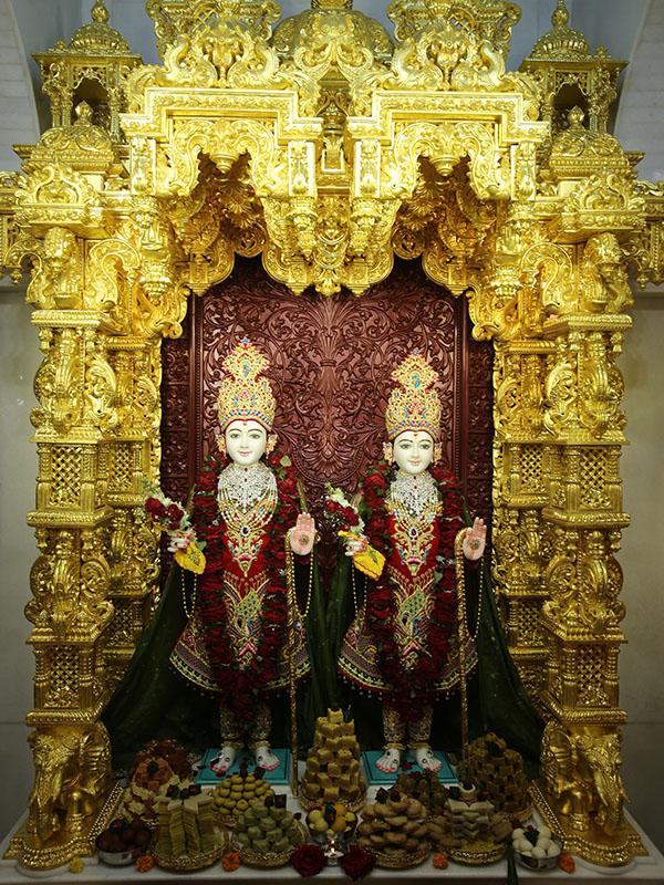 how to go to swaminarayan temple kolkata