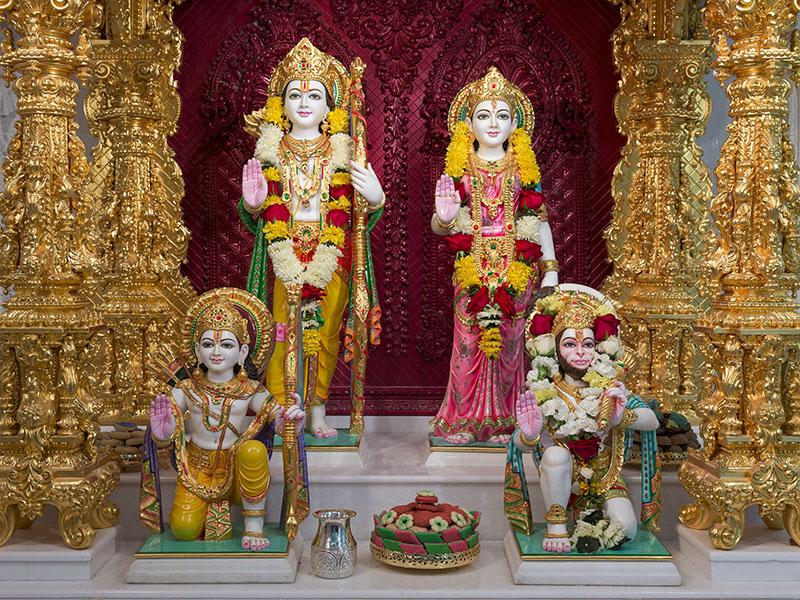 Baps Shri Swaminarayan Mandir Robbinsville Mandir